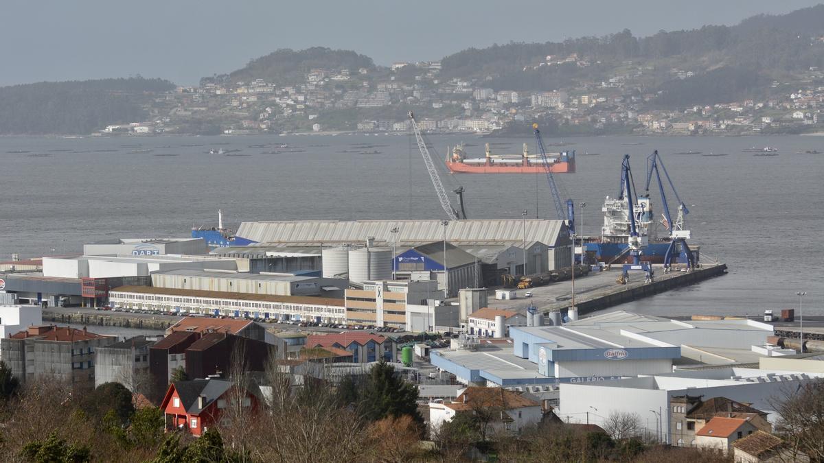 Vista parcial de las instalaciones del Puerto de Marín.