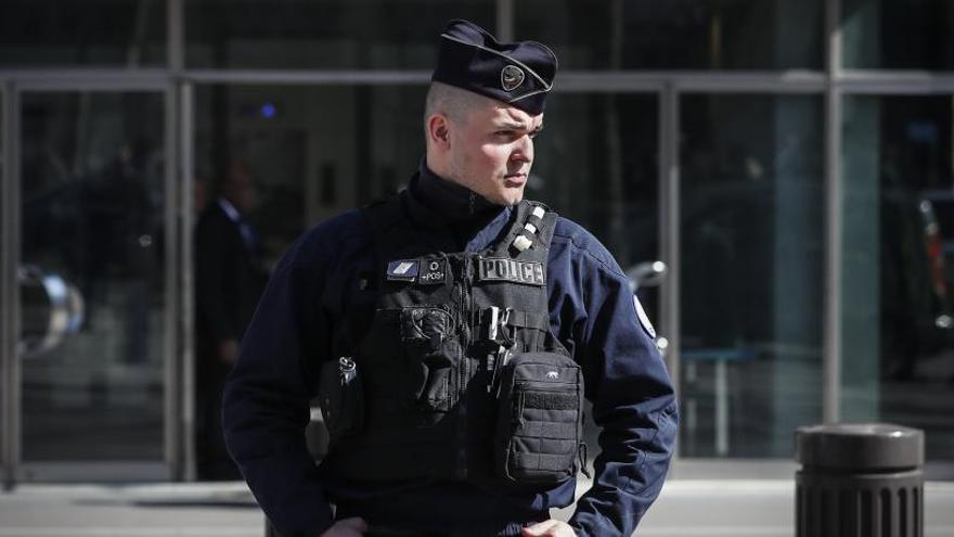 Detenen dos gihadistes que planejaven un atemptat en la campanya electoral francesa