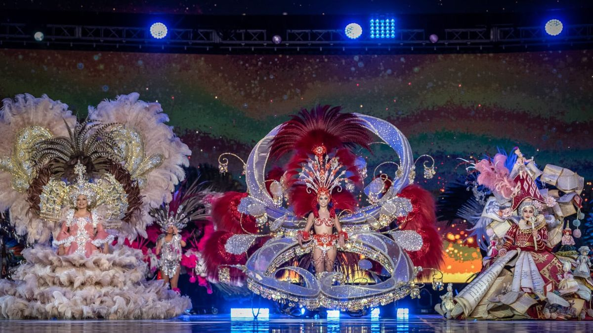 Naomi Cabrera, Ylenia Rodríguez y Antonia Garrido, guardianas de los cetros del Carnaval Virtual 2021