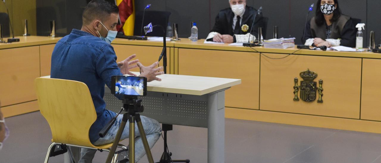 Martín C. L. este miércoles durante el juicio en su contra