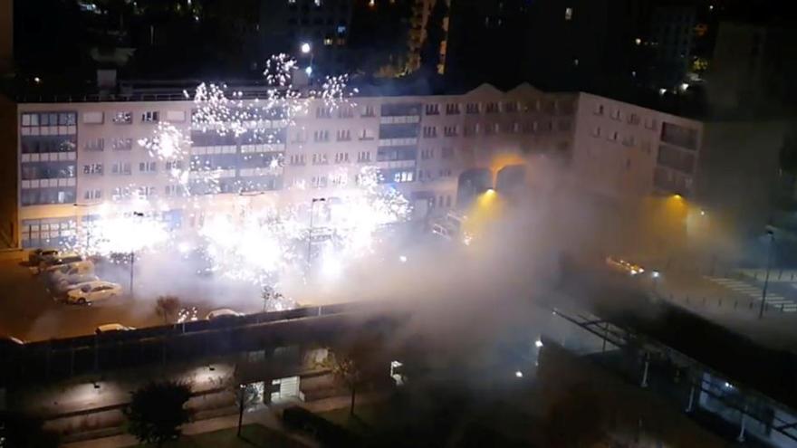 Francia quiere prohibir la venta de fuegos artificiales