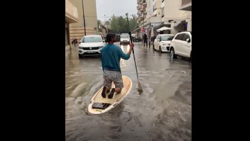 Navegando por una Ibiza inundada