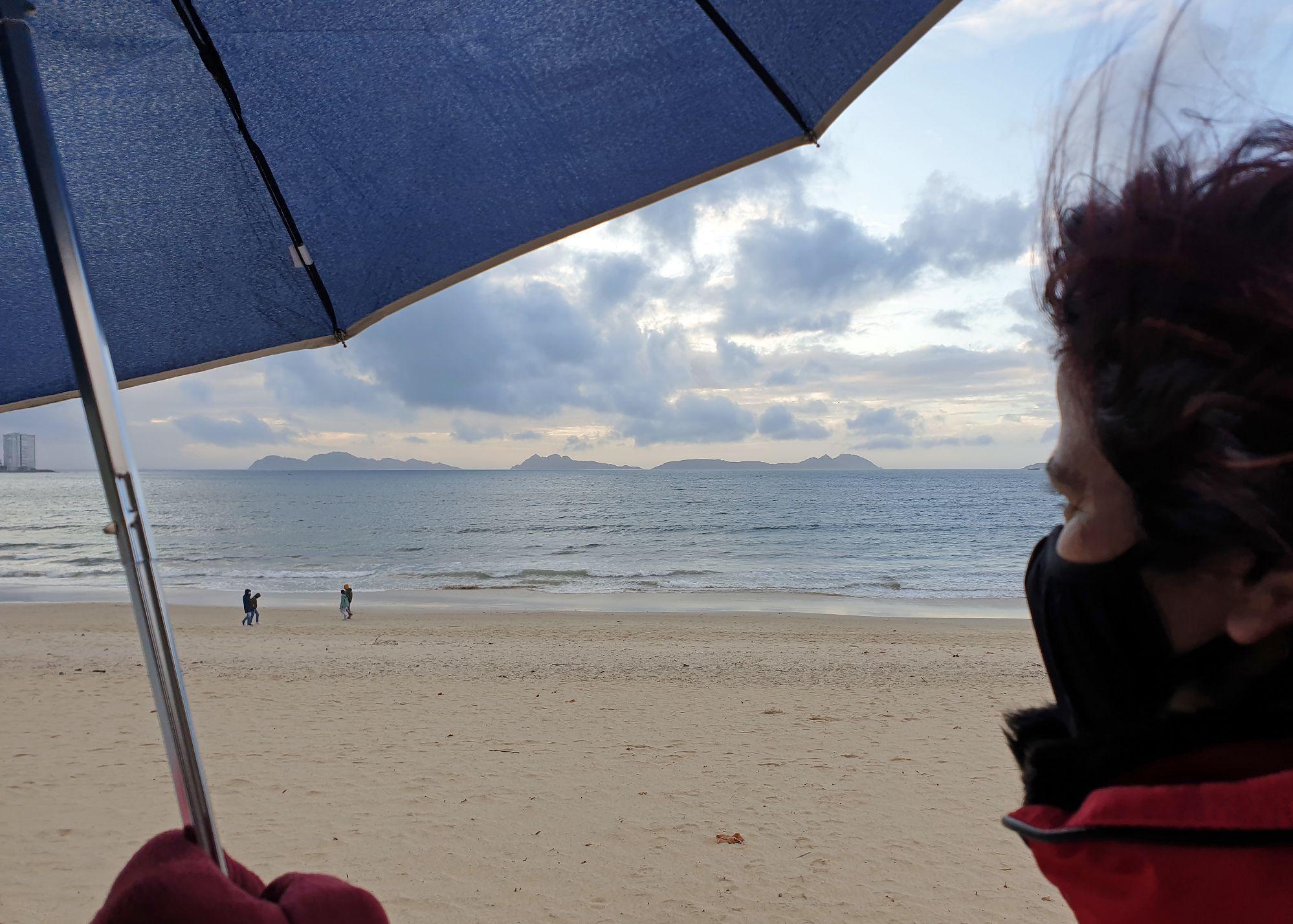 Día de fuertes vientos y lluvia en Vigo