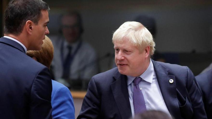 España da a Reino Unido hasta fin de año para evitar un brexit duro en Gibraltar