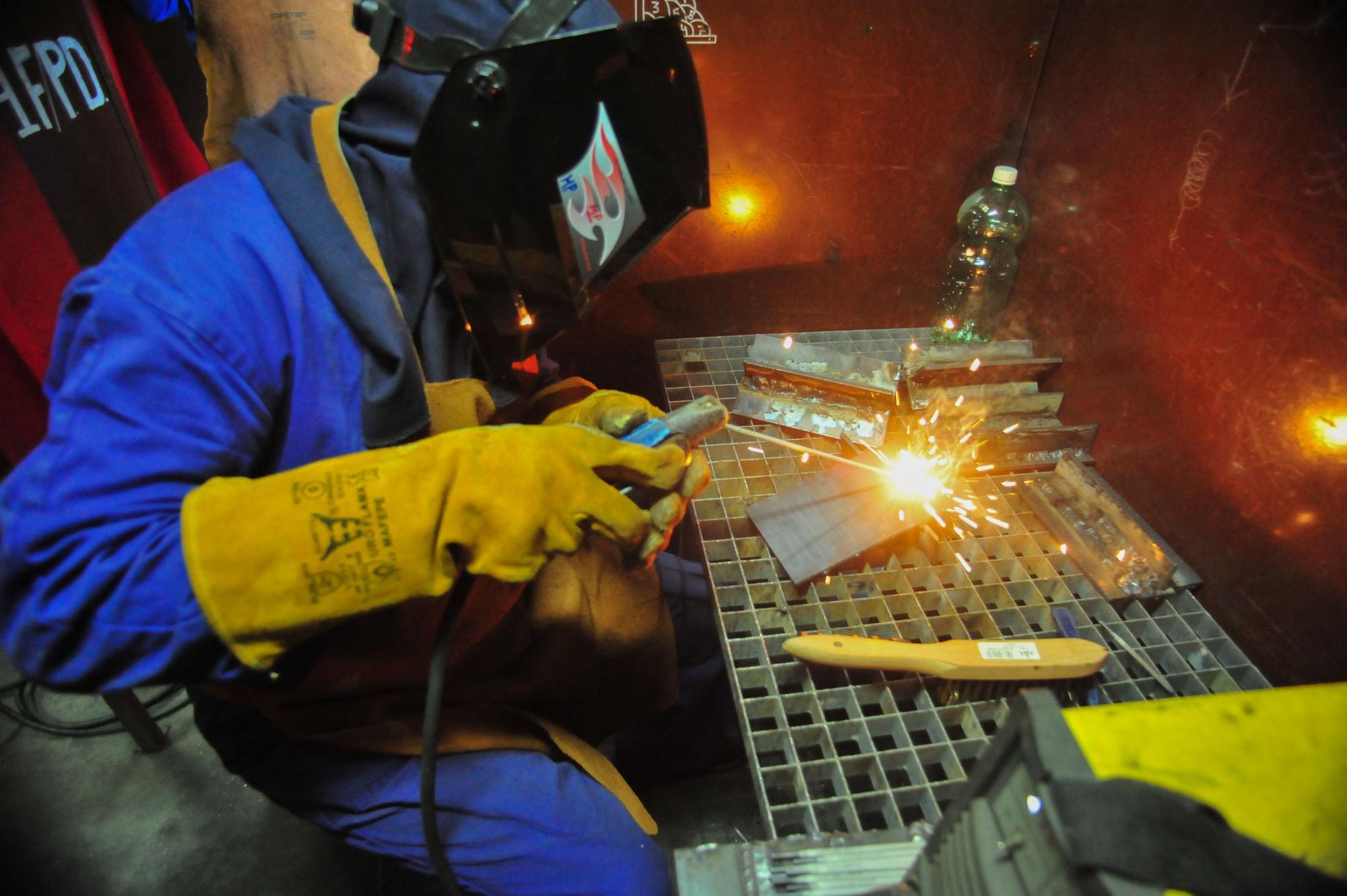 Más soldadoras para el metal