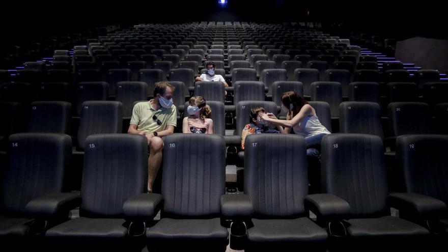 Sin comida en las salas de cine asturianas:  el TSJA da la razón a Salud