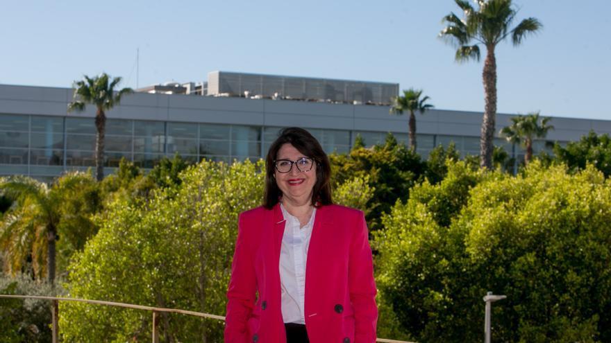 Amparo Navarro pide que las votaciones al Rectorado se realicen de forma telemática