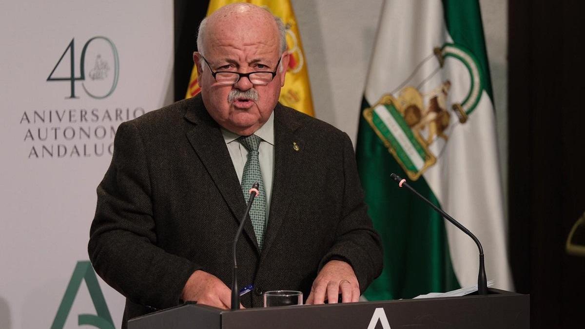 El consejero de Salud, Jesús Aguirre.