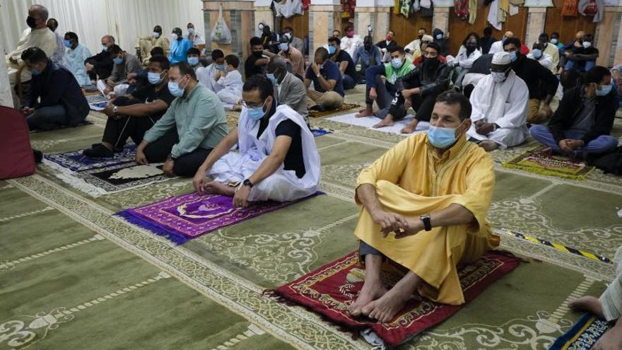 El fin del ramadán de puertas adentro