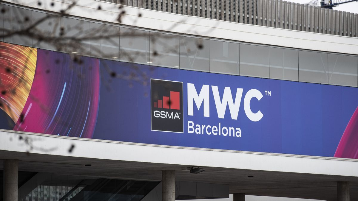 Un cartel del Mobile World Congress