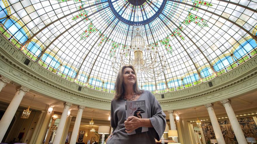 """María Dueñas: """"No caigamos en la simplificación de que todo best-seller es malo"""""""