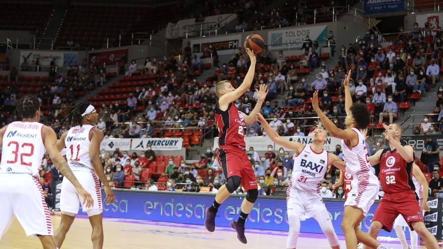 El Casademont Zaragoza se estrena con victoria ante el Manresa (98-91)