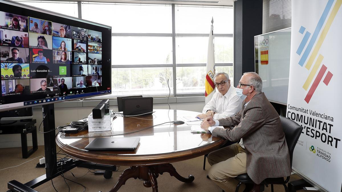Reunión entre PAC_CV, el COE y las federaciones.