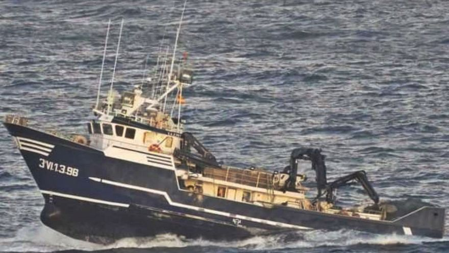 """El """"Sin Querer Dos"""" volcó a consecuencia del excesivo peso de las artes de pesca"""