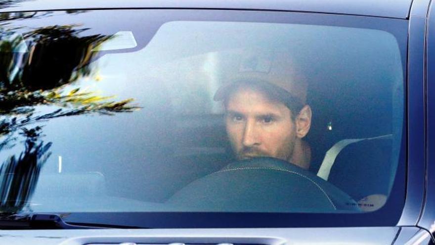 Messi acude a la Ciudad Deportiva de Sant Joan Despí