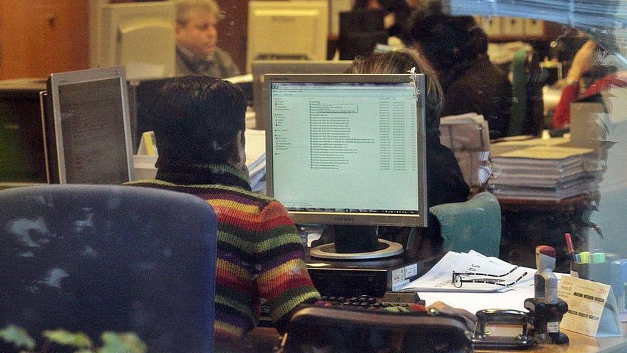 Más del 80% de los funcionarios de la Xunta se ha reincorporado al trabajo presencial