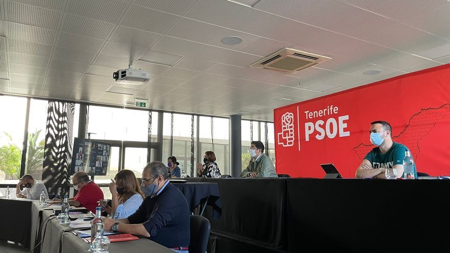 """Martín: """"El PSOE tiene empeño y ganas de seguir impulsando un proyecto de futuro para Tenerife"""""""