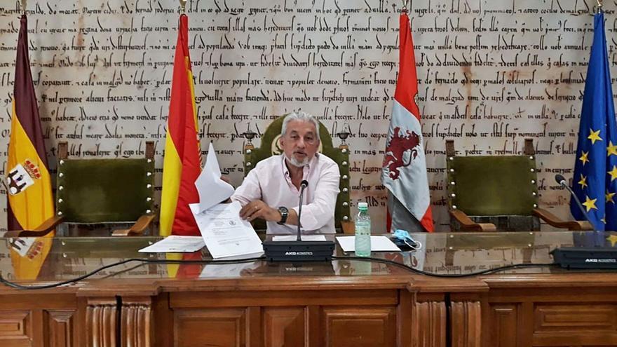 """El Ayuntamiento advierte del sobrecoste de los puntos limpios por un uso """"irregular"""""""