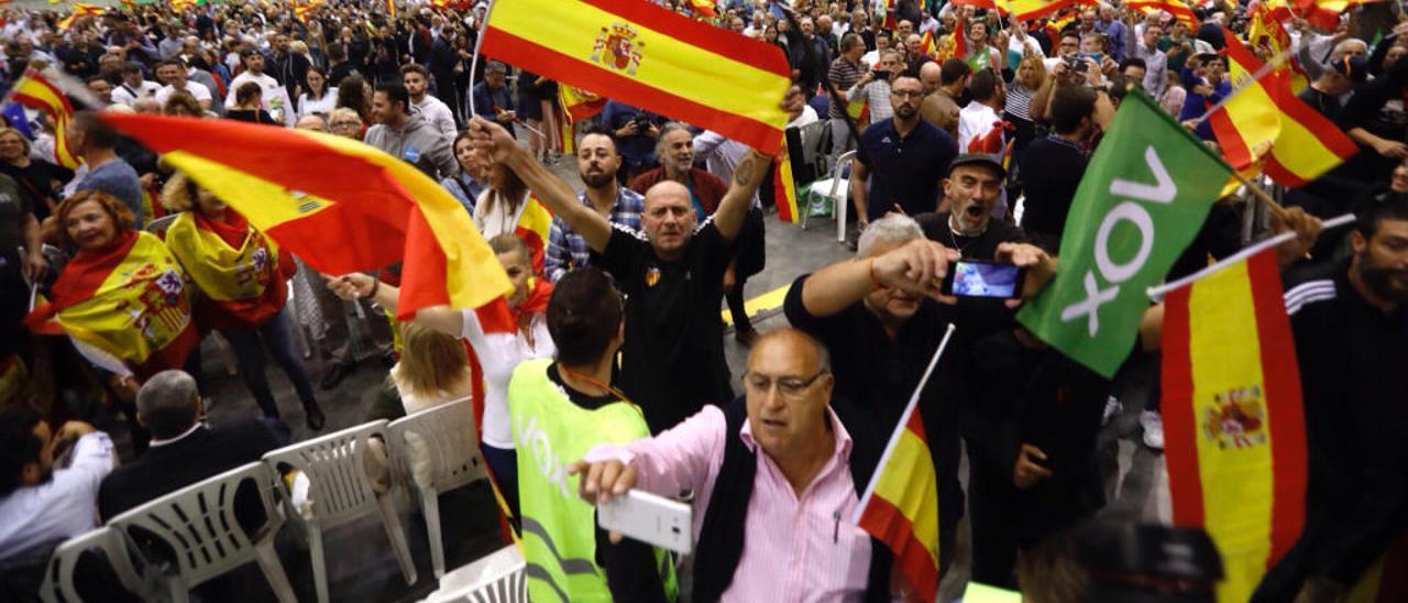 Momentos previos al inicio del mitin de Vox en Feria València, hace una semana.