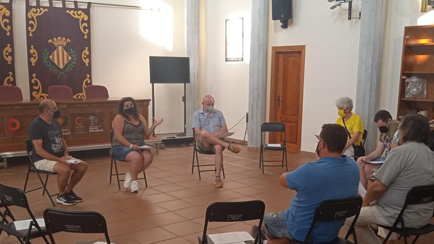 Vila-real analiza con las AAVV la vuelta paulatina a la normalidad