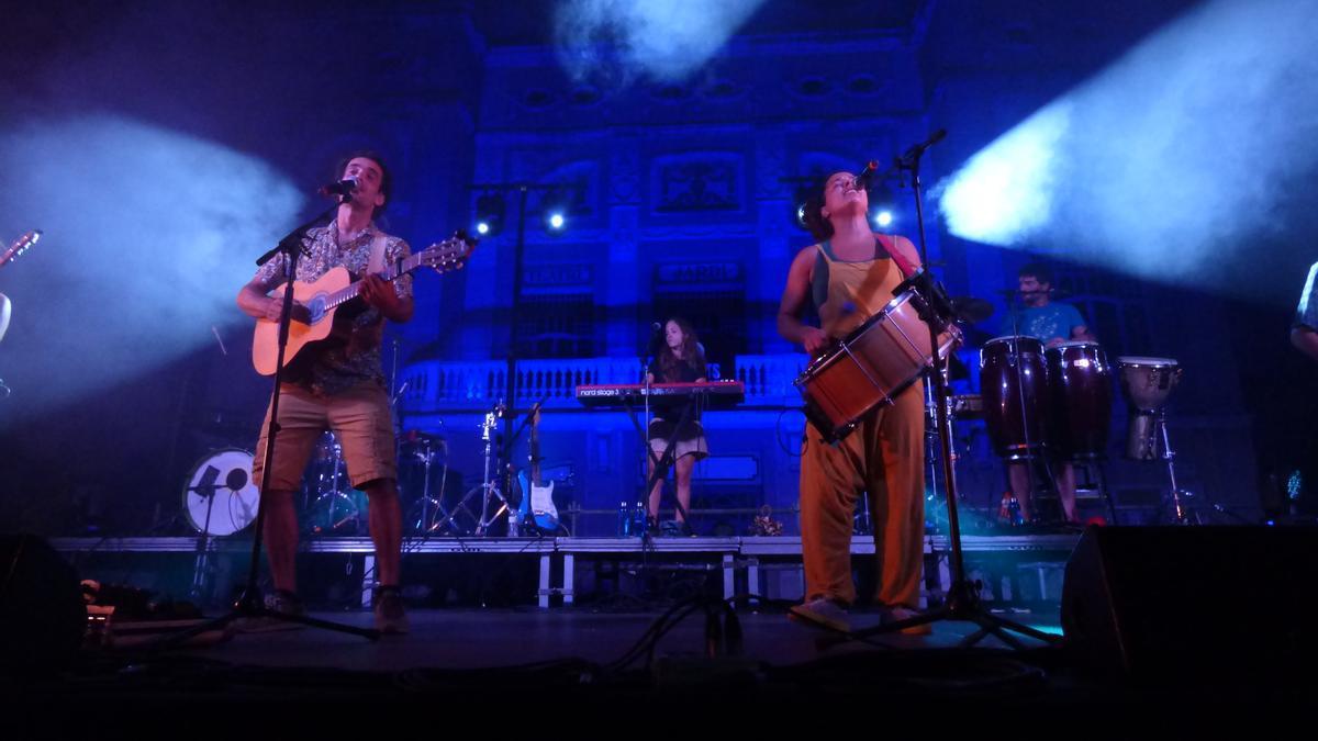 Concert de Marcel i Júlia a la Plaça Josep Pla