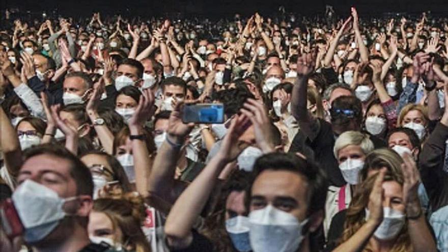 El cribaje previo al concierto de Love of Lesbian detectó seis positivos de COVID