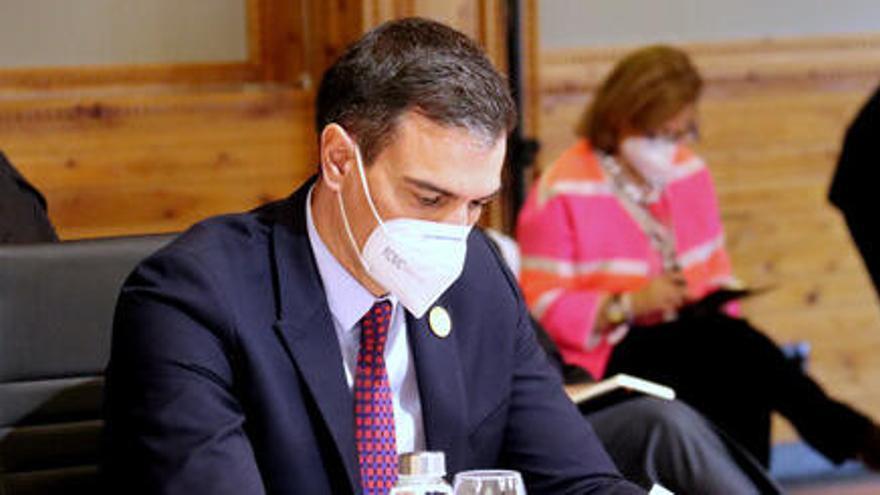 Pedro Sánchez dona l'enhorabona a Ayuso per «un gran resultat»