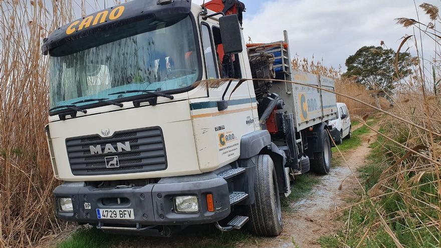 Roban un camión grúa en Elche para arrancar un cajero en San Fulgencio