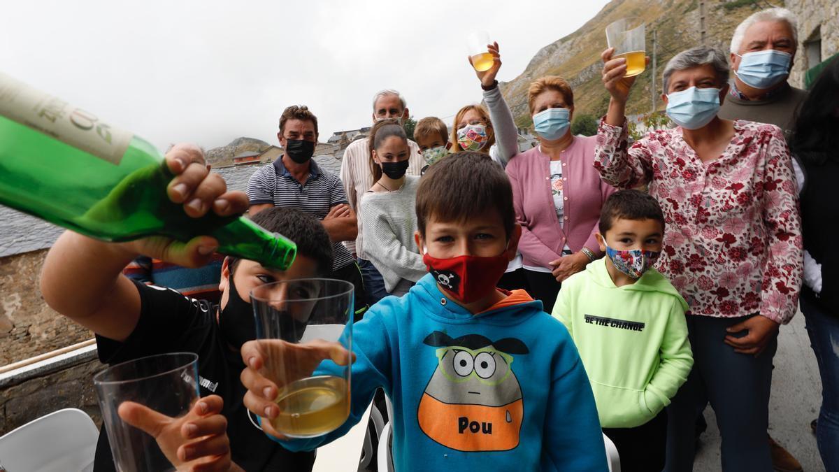 Santa María del Puerto (Somiedo), una fiesta para celebrar el Pueblo Ejemplar