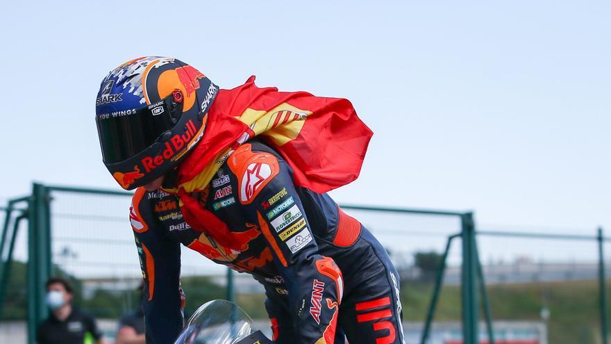 Raúl Fernández, ganador de Moto2 2021 en el circuito de Portimao