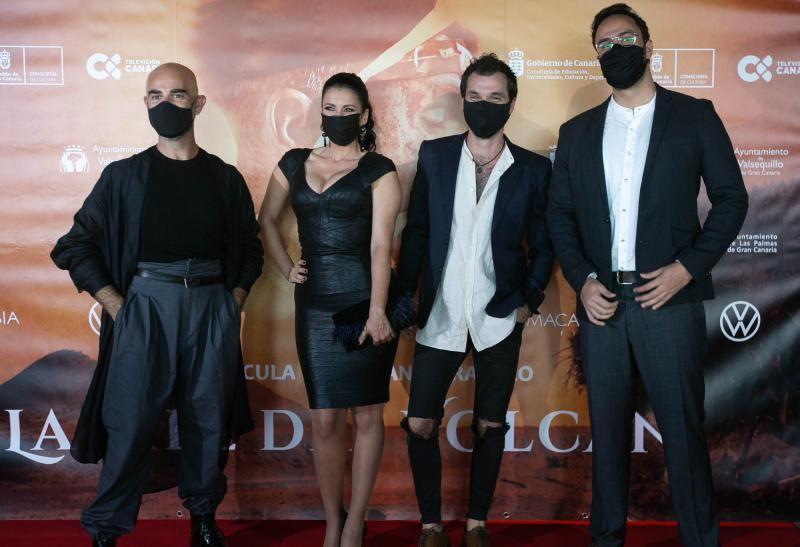 Preestreno de la película, La piel del volcán, en Tenerife