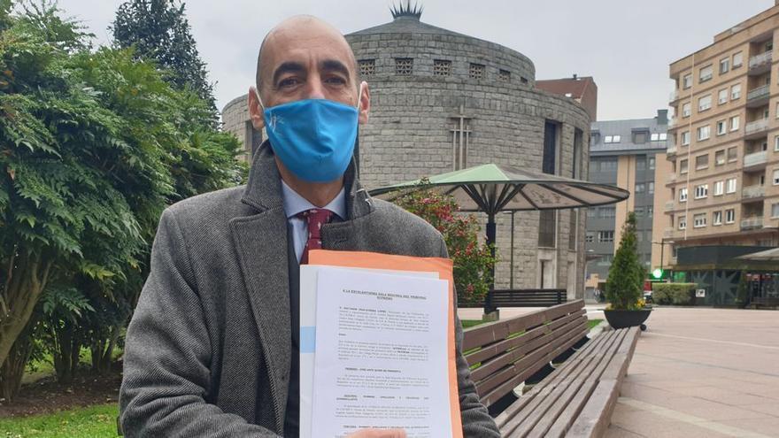 """Un ovetense quiere sentar en el banquillo de los acusados a Pablo Iglesias: """"Ataca a las bases de la convivencia democrática"""""""