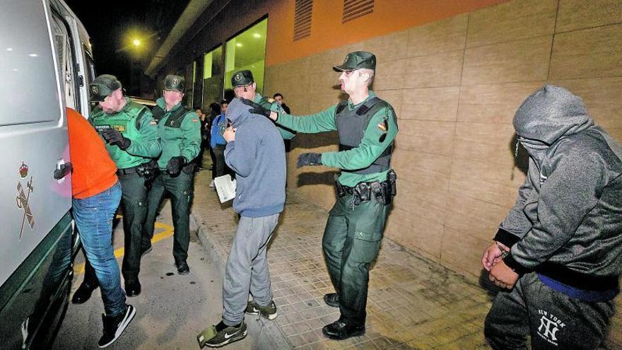 Los acusados de la manada de Callosa se enfrentan a dos siglos de prisión