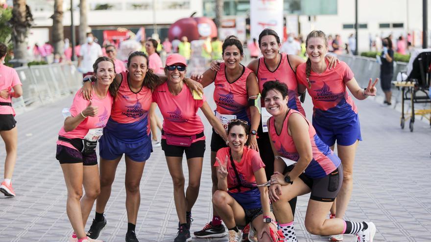 La Carrera de la Mujer tiñe València de rosa