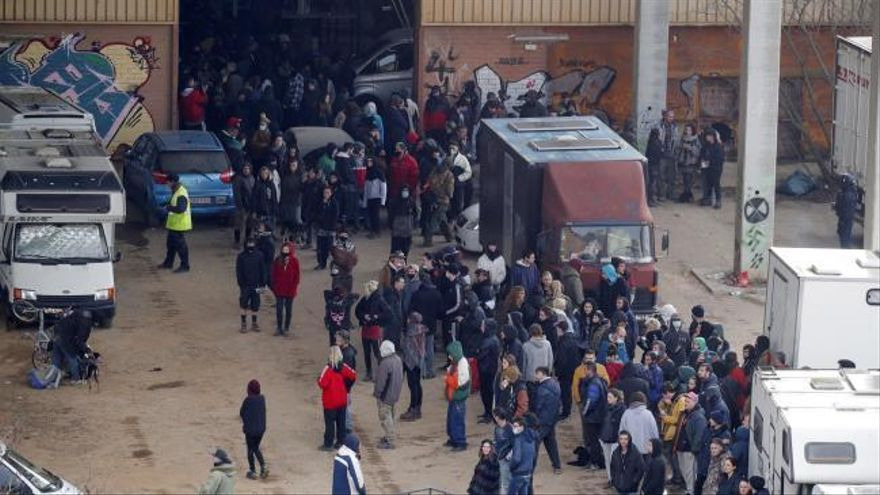 Los Mossos desalojan la 'rave' de Llinars tras más de 40 horas de fiesta