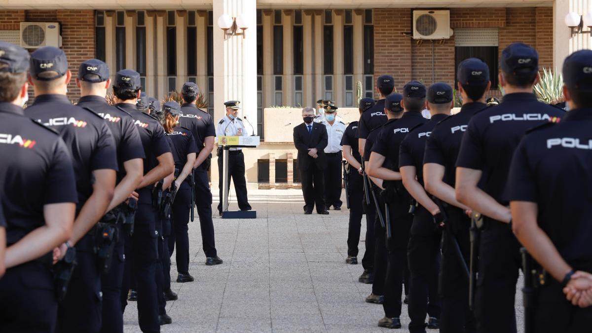 Llegan 137 agentes de la Policía Nacional a la Región