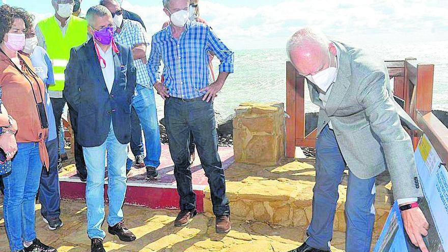 Visita ministerial a las reivindicadas obras de los espigones de Almenara