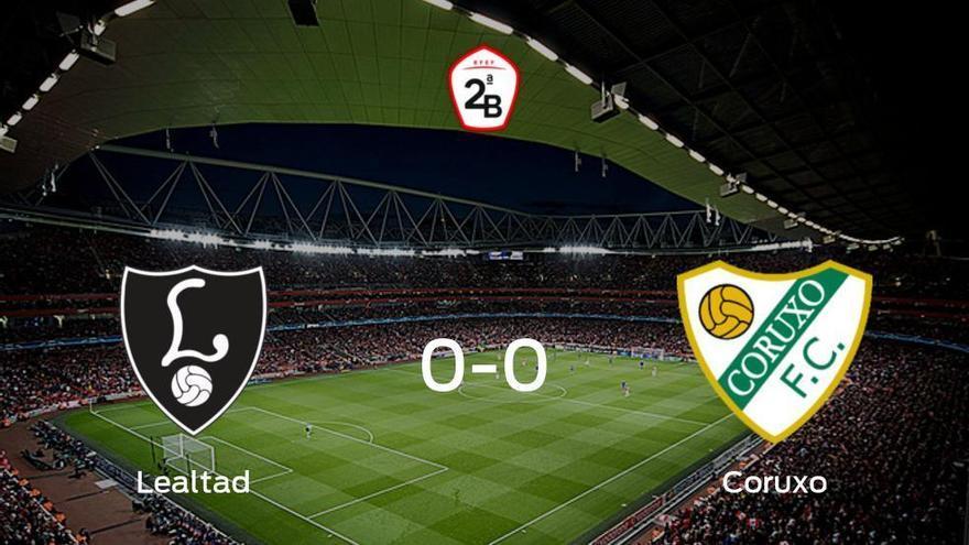 El Lealtad Villaviciosa y el Coruxo concluyen su enfrentamiento en el Les Caleyes sin goles (0-0)