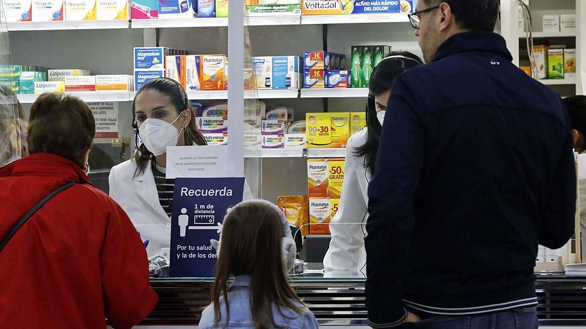 El consumo de fármacos por problemas de salud física se ha disparado un 15%, mientras que el de medicamentos relacionados con la salud psicológica ha crecido un 16%.