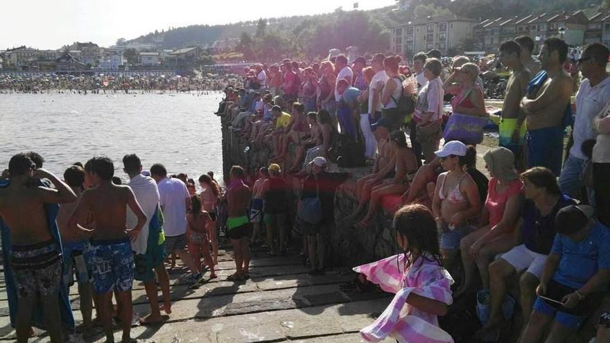 Doscientas brazadas en la travesía a nado