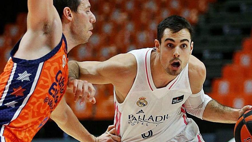 Vídeo: Así advierte Abalde a Laso de las jugadas del Valencia Basket