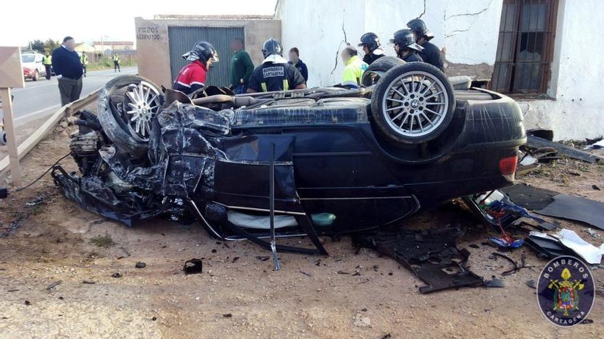 Un joven, herido grave en un accidente en Cartagena