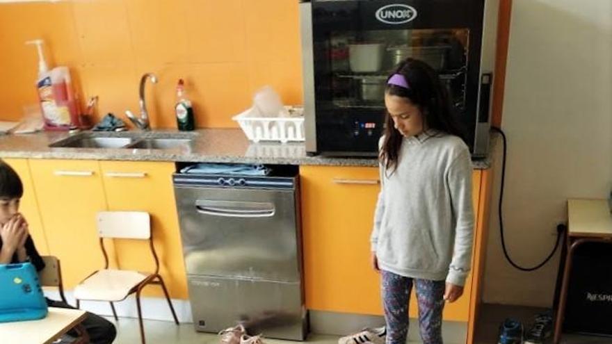 L'escola de Cistella inclou la robòtica en la programació