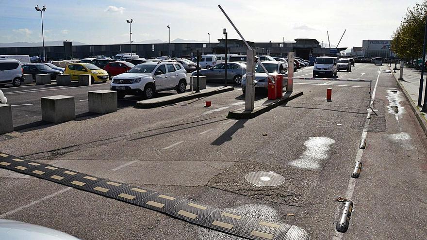 El PP cangués pide reabrir el parking de la lonja para reactivar el comercio local