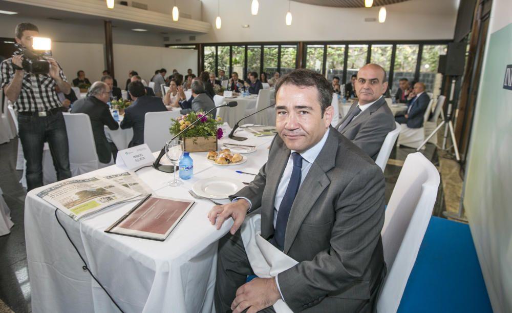 Manuel Illueca, director general del IVF, junto a Fernando Ramón, subdirector de INFORMACIÓN.