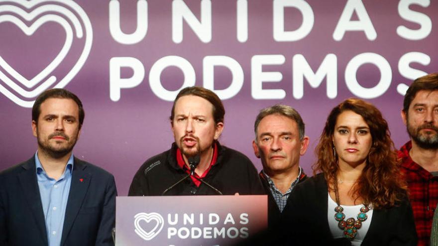 Iglesias estén la mà a Sànchez per fer un govern de «coalició» i demana ministres de manera «proporcional»