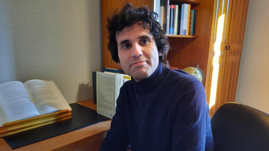 Premio Miguel Hernández para el poeta ourensano Javier Rodríguez