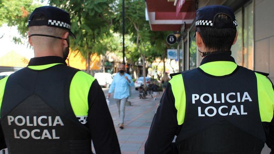 La Policía Local de Fuengirola realiza más de 300 verificaciones de confinamientos domiciliarios a la semana