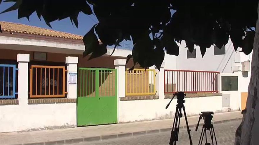 Cierra una guardería de Sevilla al dar positivo la directora