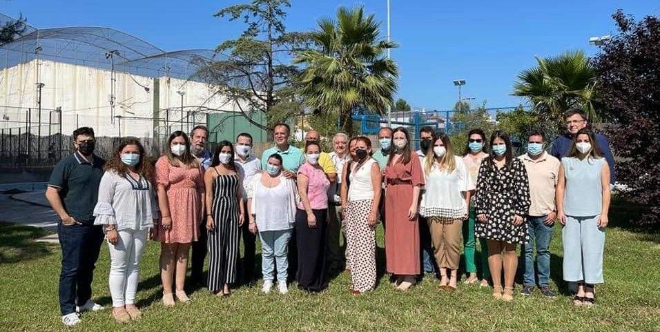 Reencuentro de falleras mayores y presidentes de El Pilar-Sant Francesc.jpg